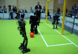 رباتیک-ربات فوتبالیست